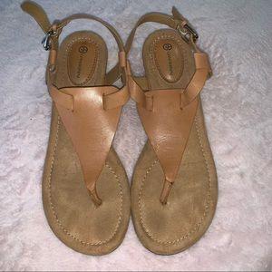 Giani Bernini leather Jemi sandals women's 7
